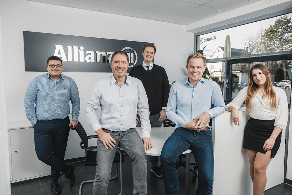 Berufliche Laufbahn bei Allianz Wollenburg und Krause